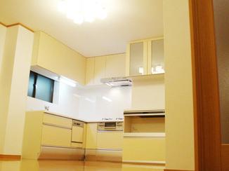 キッチンリフォーム 古くなったキッチンをキレイに使いやすく一新